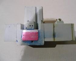 MOOG D691-702 B